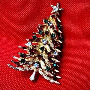 Vintage ART Christmas Tree brooch